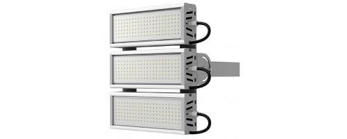 Прожектор светодиодный 183 Вт 25200 лм SVT-STR-M-61W-TRIO